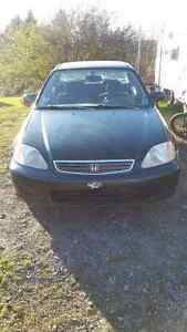1999 Honda civic for parts or can be repaired!!!