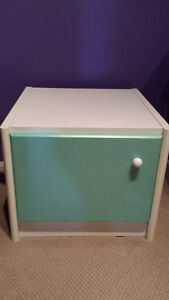 White Night Stand/End table