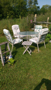 Patio table set for sale