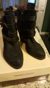 Steve Madden Suede & Leather Stacked Heel Boot size 12