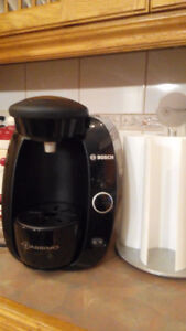 Tassimo T20 coffee maker, with rotating pod holder