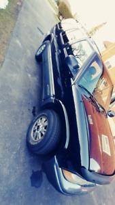 1998 GMC Jimmy SLT 4.3L V6 Leather/ Power Everything