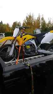 **needs top end** 2006 yz450f