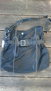 New w/ tags MAXXIMUM genuine leather bag