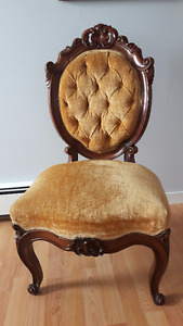 Gold Victorian antique side chair