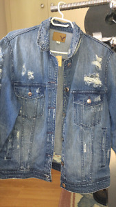NEVER WORN ....American Eagle jean jacket