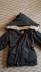 Rossclair Parka *Gently used
