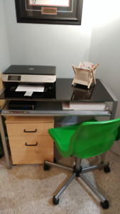 glass and steel desk with gluiding drawer