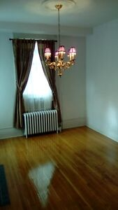 In London King Street 2 Bedroom immaculate condition apartment! London Ontario image 2