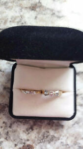 Stunning engagement ring and wedding band.