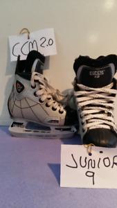 10 divers paires de patins à glaces juniors filles ou garcons.