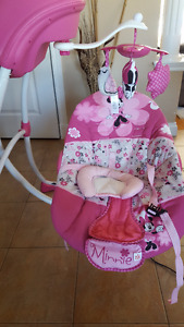 Like new Minnie Mouse swing.