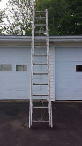 18 FOOT EXTENSION LADDER