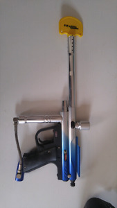 Piranaha GTI E-Force Paintball Marker + V Force Mask