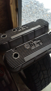 Chevrolet Edelbrock intakes, Holley 750, M/T valve covers etc