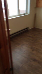 Room for rent $20/day Cornwall Ontario image 7