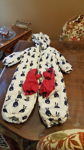 One piece snow suit from Next in UK + Kombi gloves !!