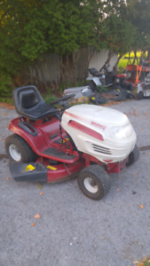 16 hp white lawn tractor