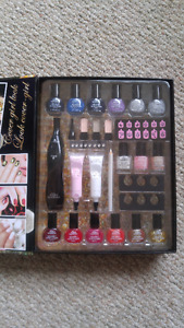 The Color Institution 28 Piece Nail Art Collection