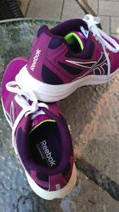 "SOULIER RUNNING SHOES ""REEBOK"""