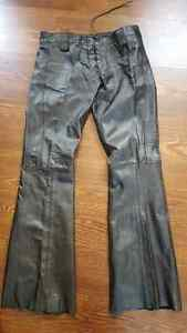 Leather motorcycle gear ( pants)
