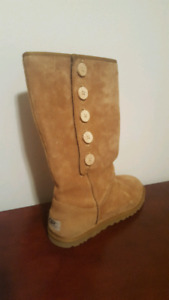 Brand New Uggs 80$ firm