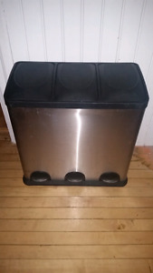 Step n Sort Stainless Steel Trash Organizer
