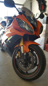 Yamaha r6 2009 with lots of extras