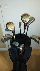 Sac et bâtons de golf à vendre Saguenay Saguenay-Lac-Saint-Jean image 2
