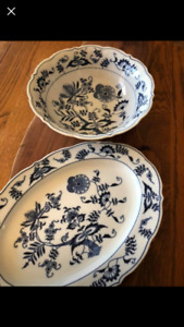 Blue onion - Blue Danube China platter and bowl