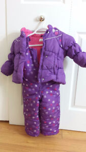 Girl's Carter's Snow suite for $10