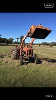 Tractor front end loader Wongarbon Dubbo Area Preview