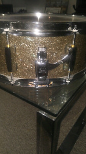 Pearl Limited Edition Snare 14 inch gold sparkle