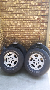 Avalanche / Silverado Rims with tires