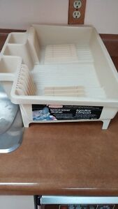 Dishes Drainer Tray