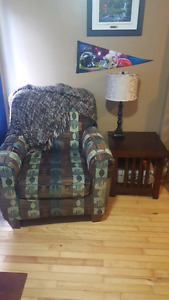 Stylish accent arm chair