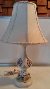 BELLES LAMPES DE TABLES AUX CHOIX $25.00 CHAQUE.