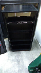 "19"" Rack Cabinet for gear"