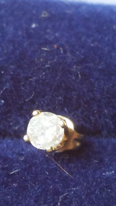 14K Yellow Gold Solitaire Diamond Earring