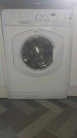 White hotpoint 6kg washing machine.