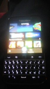 IN FORT ERIIE BLACKBERRY CLASSIC FORSALE OR TRADE