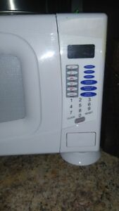Microwave  for sale London Ontario image 2