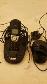 BT LANDLINE PHONE + ANSWERING MACHINE
