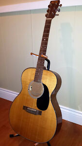 VINTAGE MARTIN ACOUSTIC-00018-with pickup & case