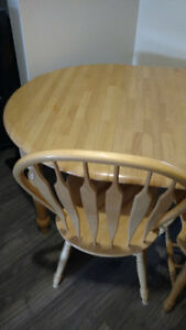 Gorgeous African Hard Wood Dining Table and 4 Chairs