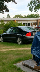 Volvo s60 T5 For Parts!!!