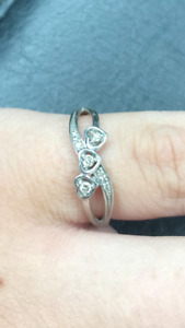 10k white gold promise ring with real diamonds