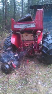 Tractor/Loader/Front Axle For Sale