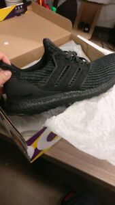 Adidas Ultra Boost 4.0 Triple Black LTD - Sz 10 (Deadstock)