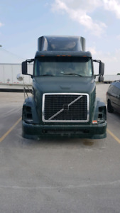 Parting out!!! 2004 Volvo
